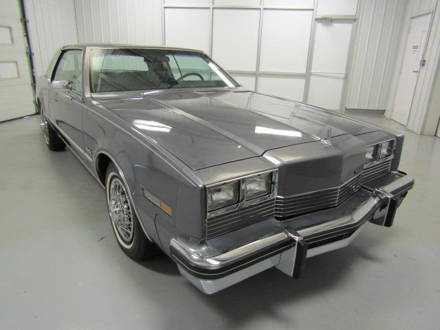 1982 Oldsmobile Toronado | 914029