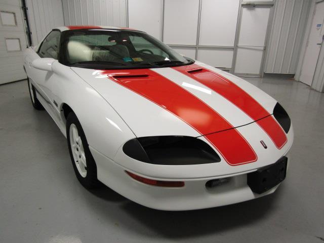 1997 Chevrolet Camaro | 914043