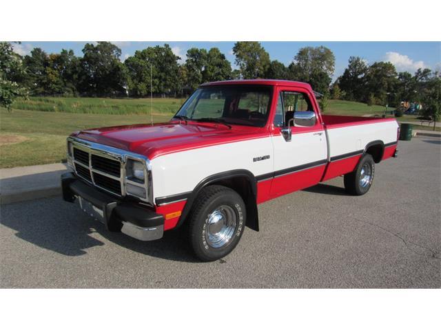 1993 Dodge D150 | 914196