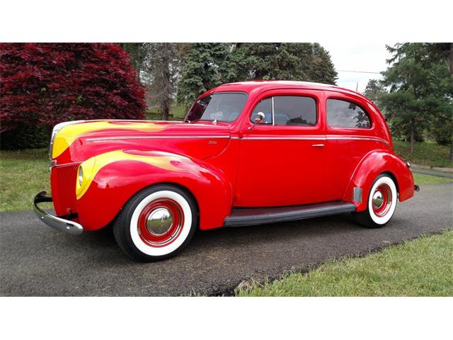 1940 Ford Deluxe | 914243