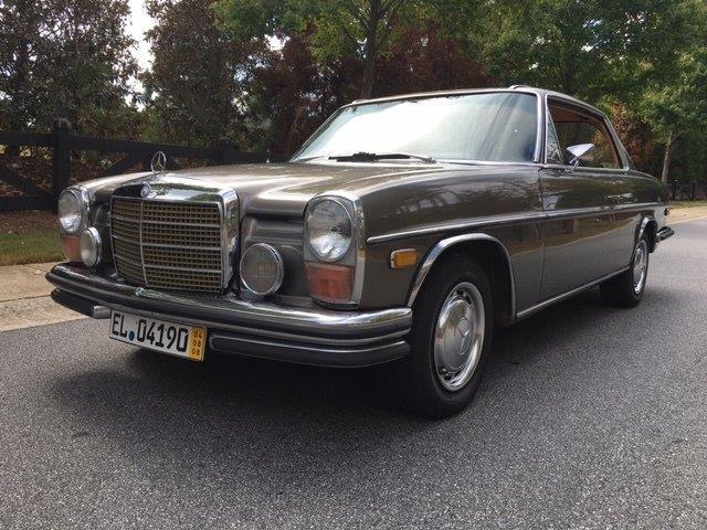 1971 Mercedes-benz 256 | 910429