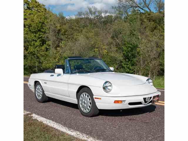 1993 Alfa Romeo Spider | 910438
