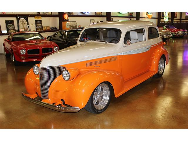 1939 Chevrolet 2-Door Sedan Lexus SC 400 | 910460