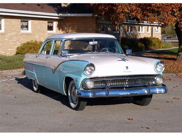 1955 Ford Fairlane | 914855