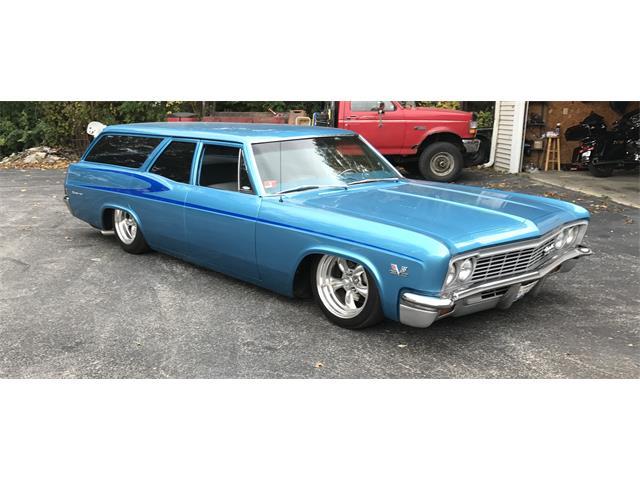 1966 Chevrolet Biscayne Wagon | 915016