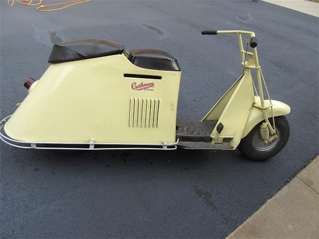 1952 Cushman Turtleback | 915027