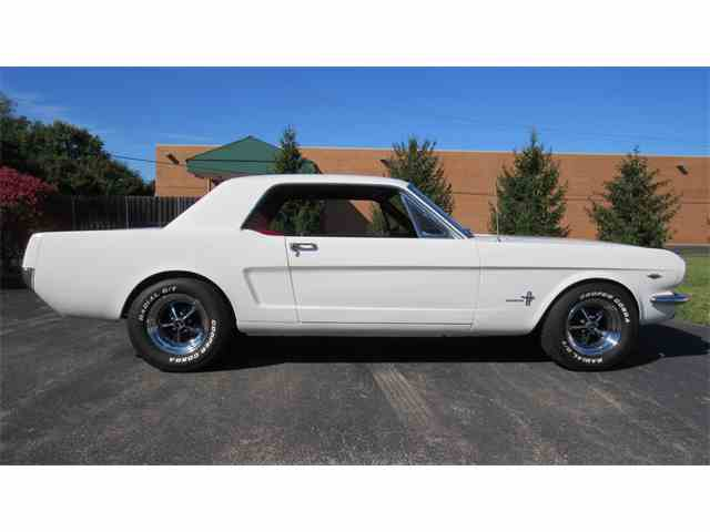 1966 Ford Mustang | 915046