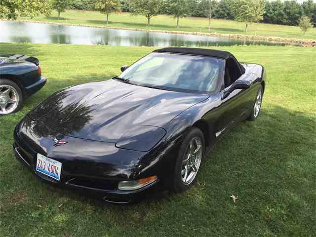 2001 Chevrolet Corvette | 915056