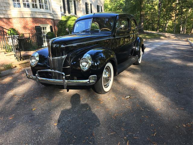 1940 Ford Sedan | 915061