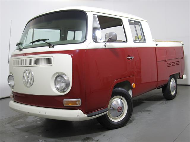 1969 Volkswagen Bus | 915069