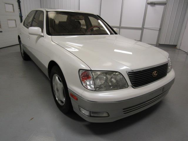 1999 Lexus LS400 | 915087