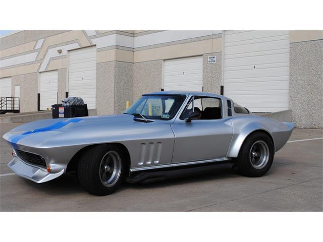 1965 Chevrolet Corvette | 915225