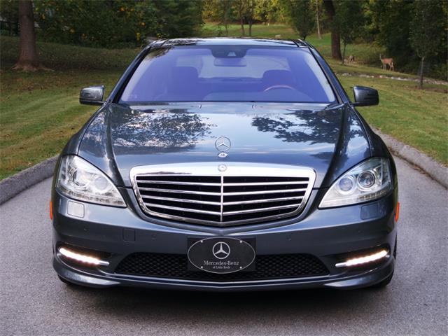 2010 Mercedes-Benz S-Class | 915270