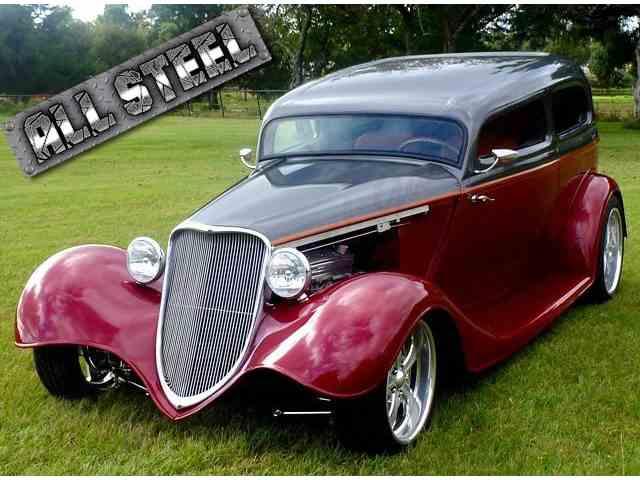1934 Ford Custom | 915278