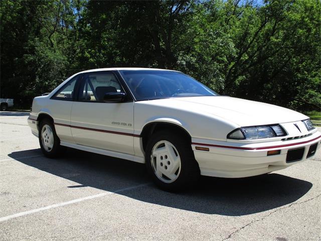 1989 Pontiac Grand Prix | 910533