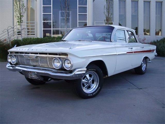 1961 Chevrolet Impala | 915355
