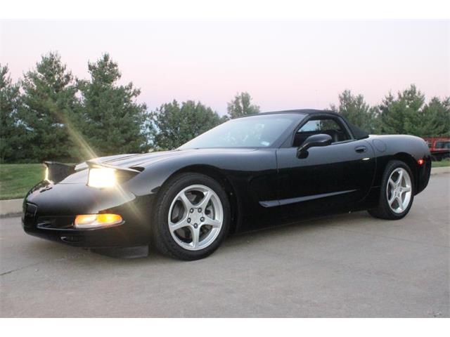 2004 Chevrolet Corvette | 915358