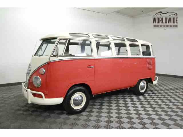 1963 Volkswagen Bus | 915525
