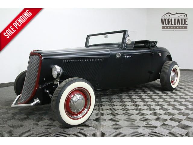 1933 FORD ROADSTER DELUXE | 915555