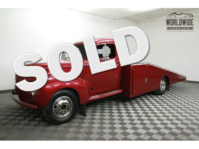 1940 FORD CAR HAULER   915575