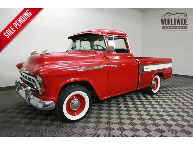 1957 Chevrolet Cameo   915587
