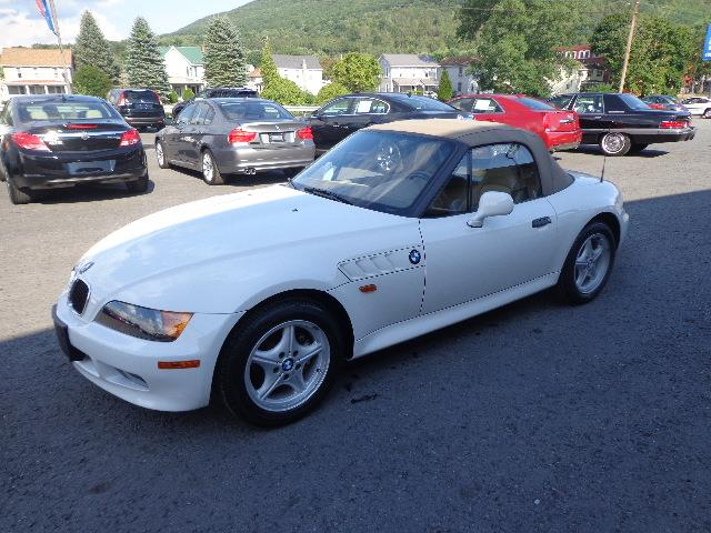 1997 BMW Z3 | 915654