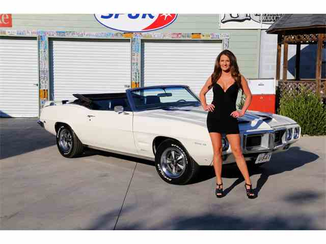 1969 Pontiac Firebird Trans Am | 915866