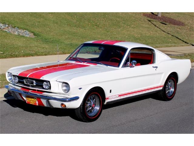 1965 Ford Mustang   915885