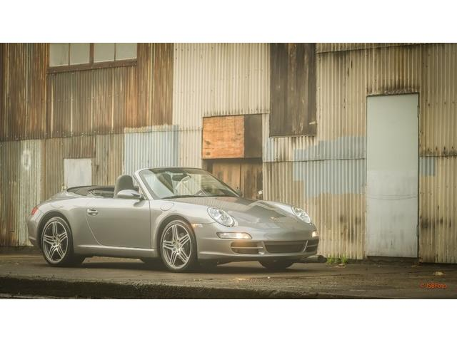 2005 Porsche 911 | 915887
