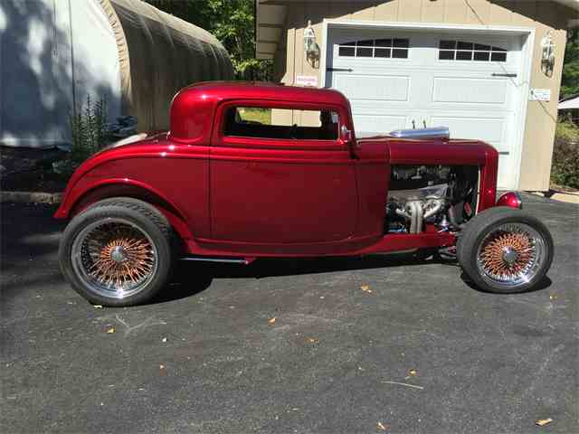 1932 Ford 3-Window Coupe | 915892