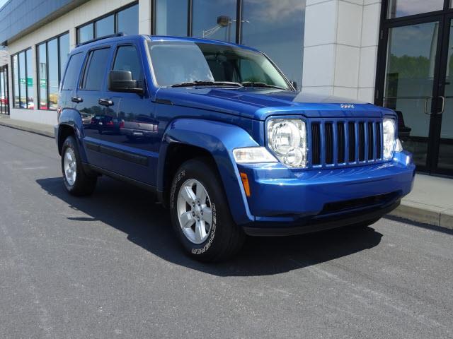2009 Jeep Liberty | 910604