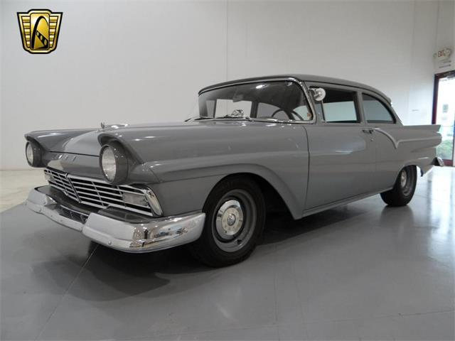 1957 Ford Business Coupe | 916123