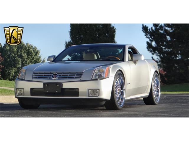 2004 Cadillac XLR | 916255