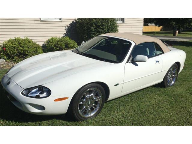 1998 Jaguar XK8 | 910631