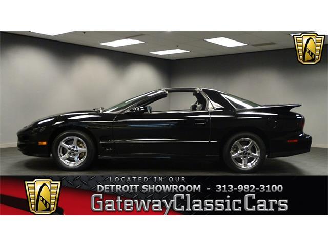 1998 Pontiac Firebird Trans Am | 916365