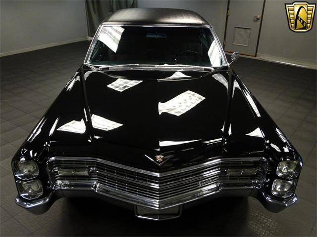 1966 Cadillac Sedan DeVille | 916378