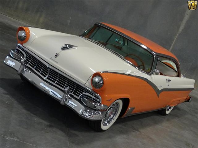 1956 Ford Victoria | 916407