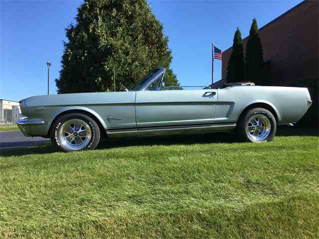 1965 Ford Mustang | 916421