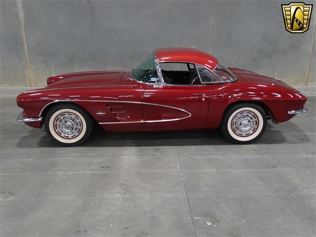 1961 Chevrolet Corvette | 916466