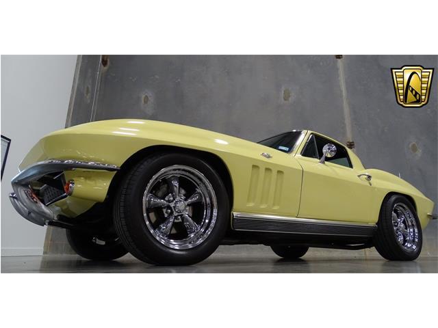 1966 Chevrolet Corvette | 916497