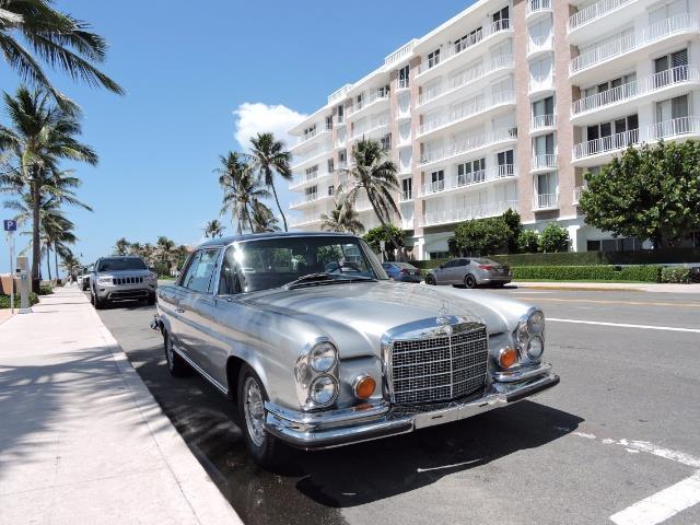 1970 Mercedes-Benz 200-Series280SE | 910676