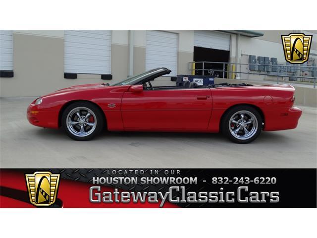 2002 Chevrolet Camaro | 916787