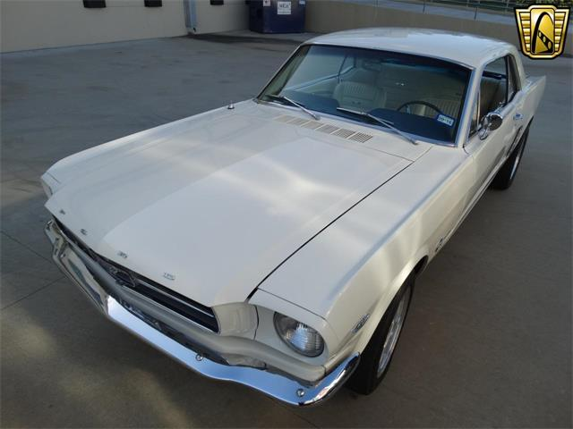 1965 Ford Mustang   916799