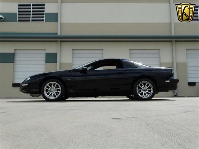 2002 Chevrolet Camaro | 916835
