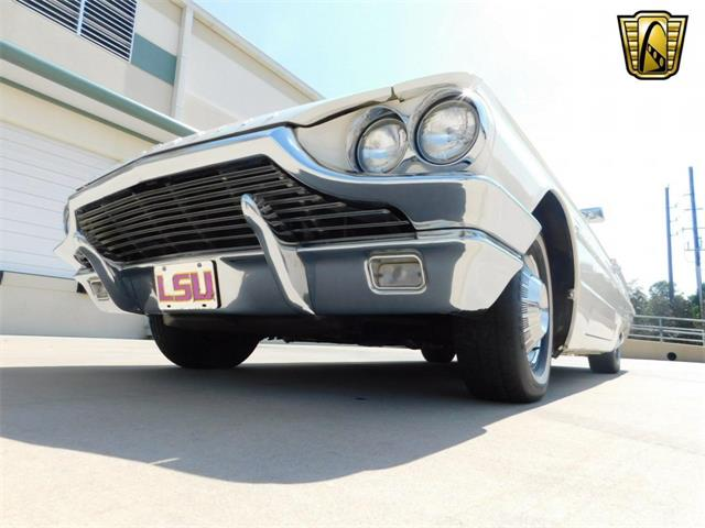 1964 Ford Thunderbird | 916847