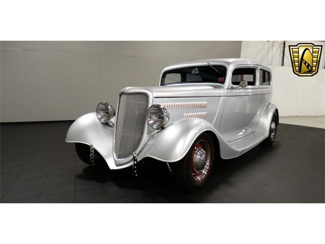 1934 Ford Tudor | 916933