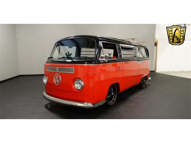 1969 Volkswagen Bus | 916979