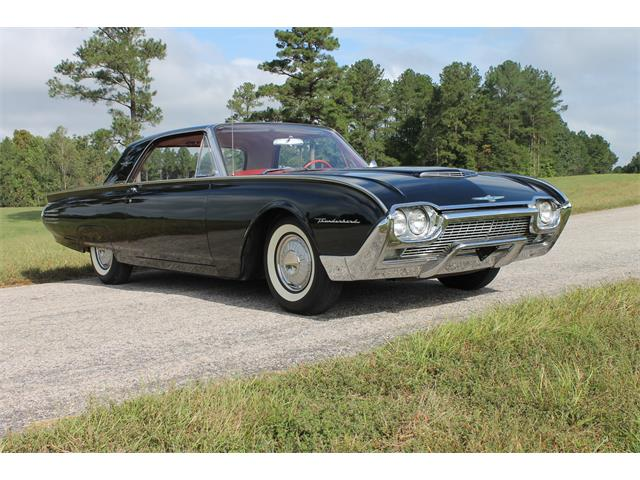 1961 Ford Thunderbird | 910701
