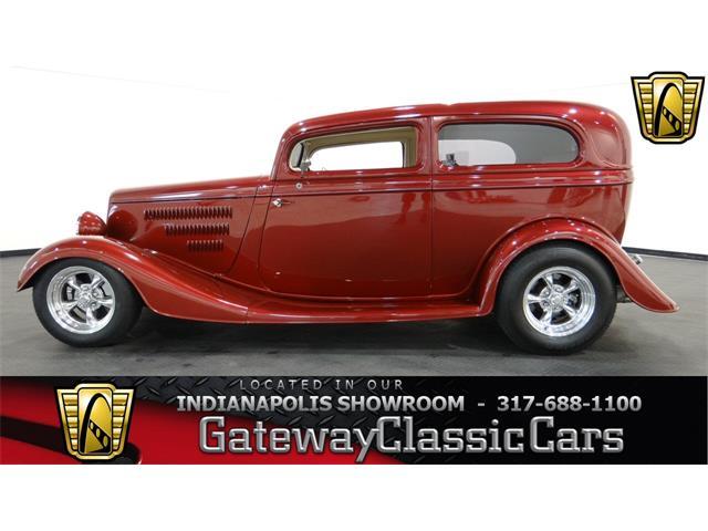 1934 Ford Tudor | 917128