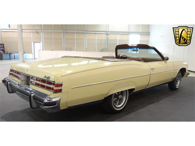 1975 Pontiac Grand Ville   917231